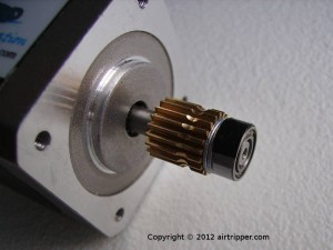 Direct Drive Extruder Stepper Motor with Gear, M5 washers and Ball Bearing