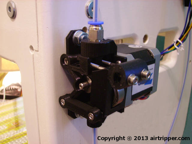 Airtripper's 3D Printer Direct Drive Bowden Extruder BSP Edition